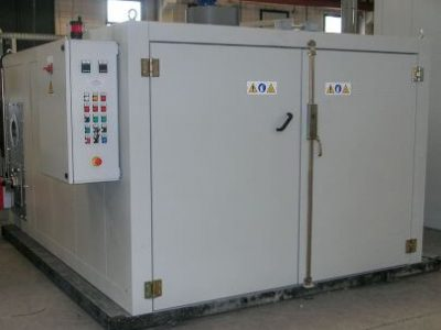 INDUSTRIAL OVEN WITH FOR RUBBER VULCANISATION PROCESS