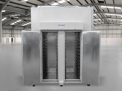 INDUSTRIAL OVEN FOR POST-PAINTING POLYMERISATION OF FRAMES